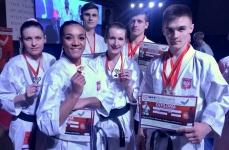 <p>Zawodnicy Akademii Karate Tradycyjnego wzięli udział w dwóch turniejach karate fudokan organizowanych 24-25 marca w Belgradzie – 1st World Club Open Cup oraz International Individual Karate Cup Red Star – Brothers Yorga. Do Serbii wybrała się 6-osobowa ekipa z niepołomickiego klubuZawodnicy wywalczyli w sumie 6 medali.</p>