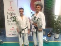 <p>28 kwietnia zakończyła się Polska Liga Karate Tradycyjnego. W Biłgoraju rozegrano trzeci, finałowy turniej PLKT. Wiktor Staszak zajął w nim 2 miejsce, Konrad Irzyk 5 miejsce. W końcowej klasyfikacji Ligi Wiktor uplasował się na 3 pozycji, Konrad na 6.</p>