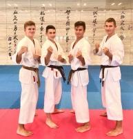 <p>Kolejne czarne pasy w Akademii! 23 sierpnia  podczas Summer Camp Gasshuku w Dojo Stara Wieś czworo karateków AKT zdało egzamin na 1 Dan. </p>
