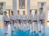 <p>14-16 grudnia w Dojo Stara Wieś odbył się coroczny Kurs Mistrzowski. Wzięło w nim udział kilkoro karateków AKT </p>