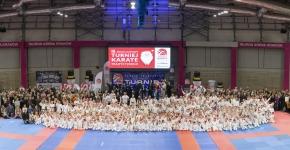 <h5>Turniej Mikołajkowy </h5><p>15 grudnia zorganizowaliśmy w TAURON Arenie Kraków jubileuszowy 15. Mikołajkowy Turniej Karate Tradycyjnego.  </p>
